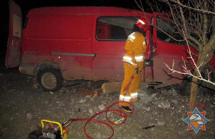 После ДТП в Столине спасен водитель автомобиля «Форд Транзит»