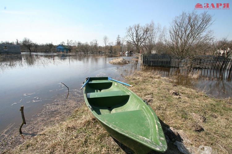 Деревня Непли все больше страдает от паводка