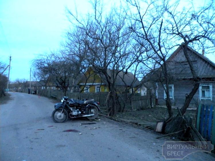 Пьяный мотоциклист в деревне Ковали Пружанского района попал в ДТП