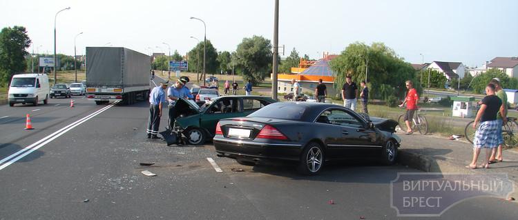 """Следствие по ДТП на """"Берёзовском"""" мосту продолжается, проводятся экспертизы"""