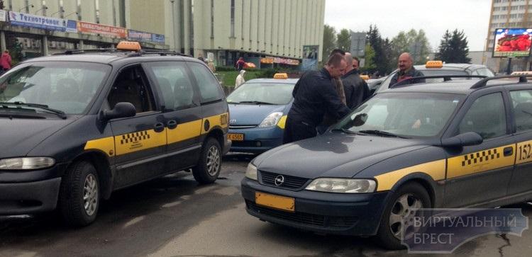 Таксисты Бреста не могут