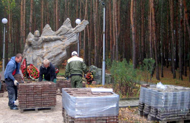Памятник воинам-интернационалистам обновят и благоустроят территорию