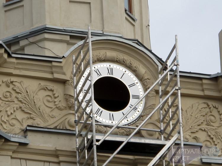 На ЖД вокзале появятся часы со светодиодной подсветкой и... автомобильное кольцо!