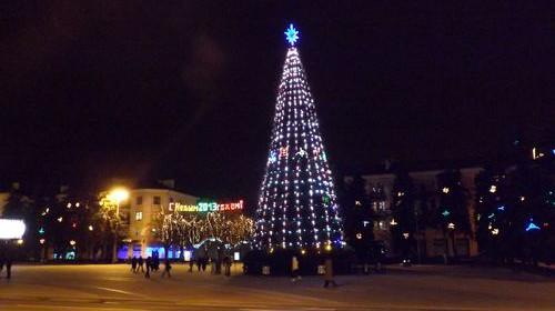 Новогодний конкурс - выбери самое лучшее праздничное оформление в Ленинском районе