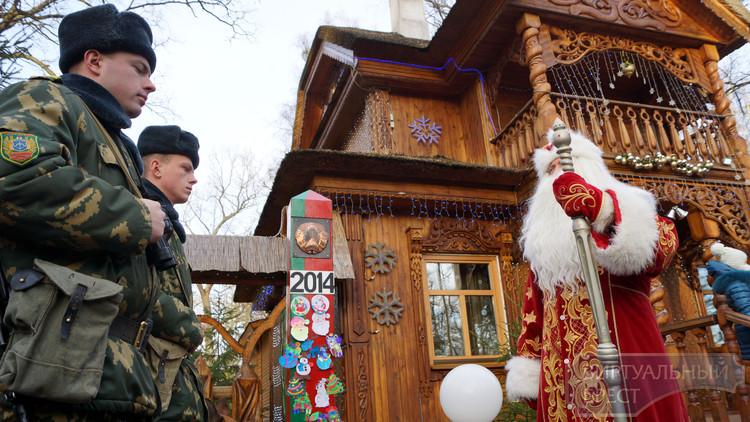 Дед Мороз отдал приказ пограничникам пропустить Новый год с Востока на Запад