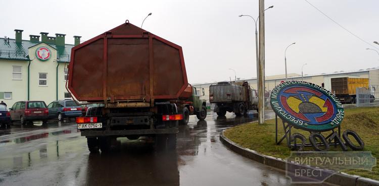 Работников Брестского мусороперерабатывающего завода эвакуировали из-за ящика с учебными снарядами