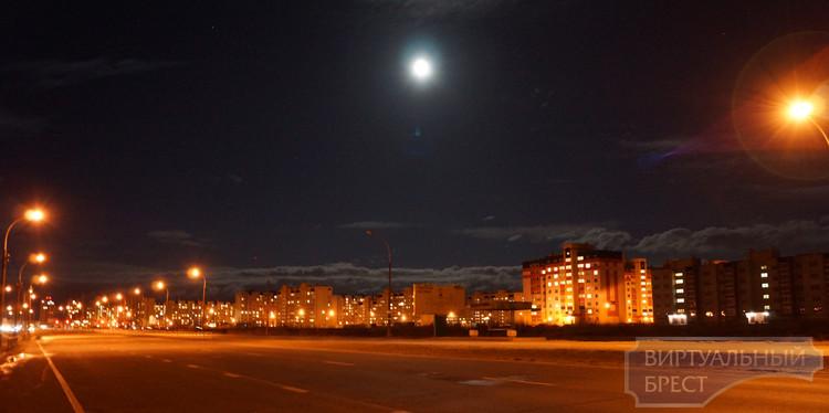 Ночной Брест... Взгляд на город через объектив