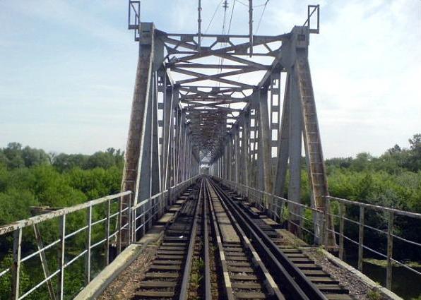 """На полгода закроют ЖД мост через реку Буг, все поезда пойдут через """"речицкие"""" переезды"""