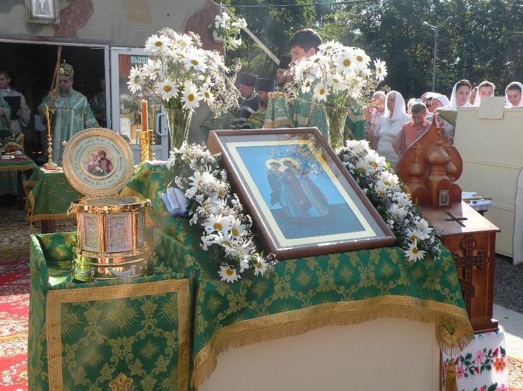 В Брест прибыл ковчег с частицами мощей святых Петра и Февронии Муромских