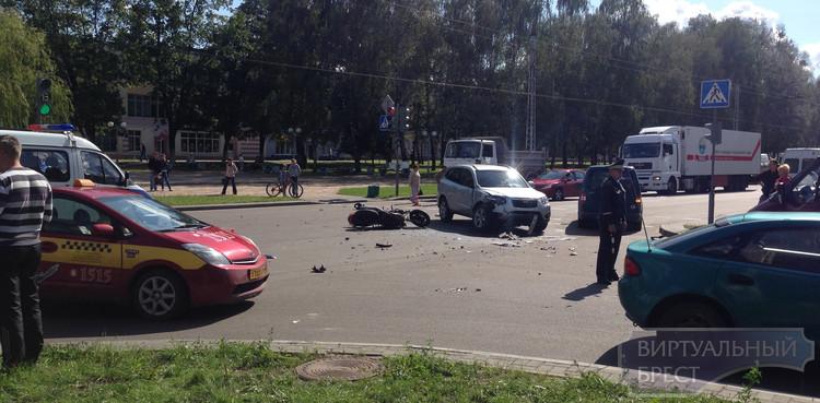 ДТП с участием мотоциклиста на Я.Купалы, водитель погиб