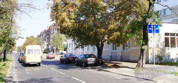 Круговое движение в Бресте: варианты для новичка