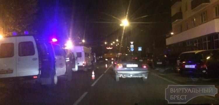 На Набережной МАЗ сбил ребёнка на велосипеде