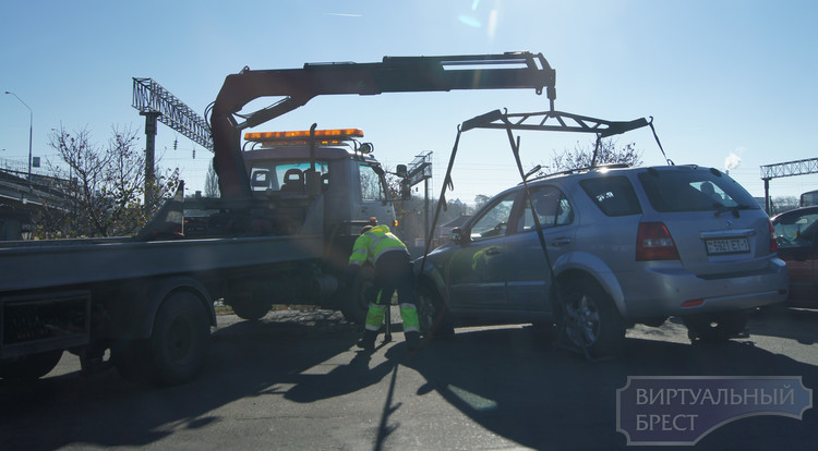 Блокирующие транспорт авто будут изыматься у владельцев - СК