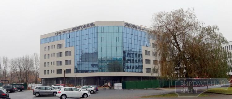"""В Бресте достраивают офисный центр """"Диагональ"""""""