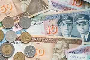 Литовцы превратили магазины в обменники. Что делать беларусам?