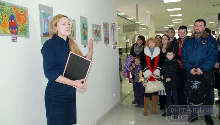 Открылась выставка «Без слов» студии для детей с аутизмом
