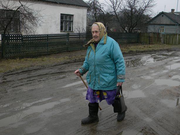 Бабушка из Барановичей каждый день подтягивается на турнике