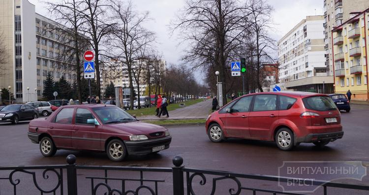 Особенности проезда перекрёстка Бульвар - Пушкинская
