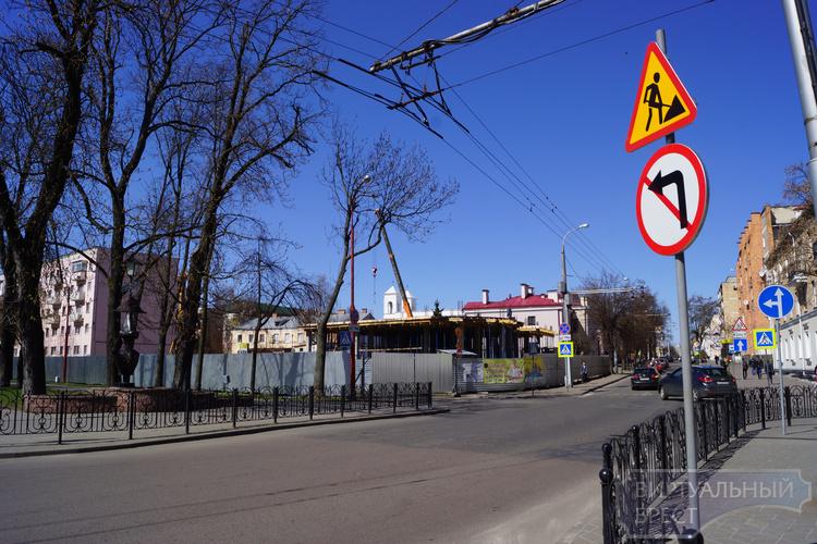 Проезд между Маркса и Ленина по Гоголя окончательно закрыт
