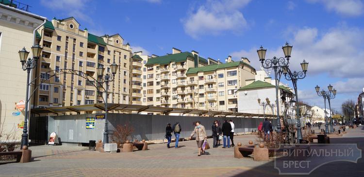 Стена на Советской не обрушилась, её планово снимают
