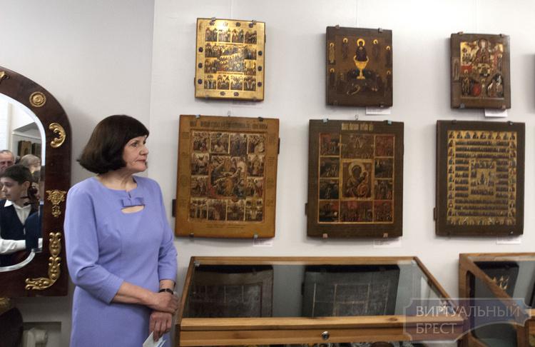 В Бресте открылась выставка, посвященная празднику Пасхи