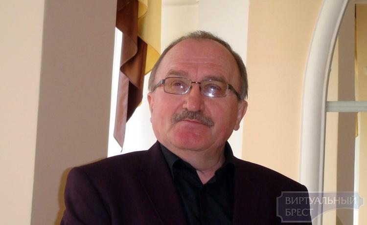 В Бресте прошла встреча с писателем Анатолием Бернацким