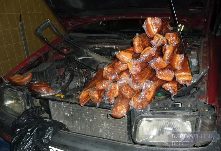 Граждане прячут от таможни товар в полости автомобилей