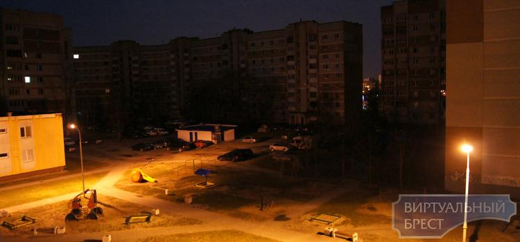 Ночной сбой в энергосистеме обесточил дома брестчан