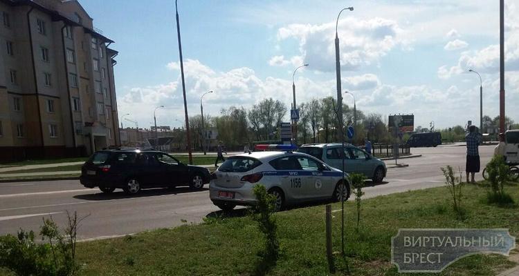 На ул. Колесника сбили велосипедиста... ситуация попала на камеру наблюдения