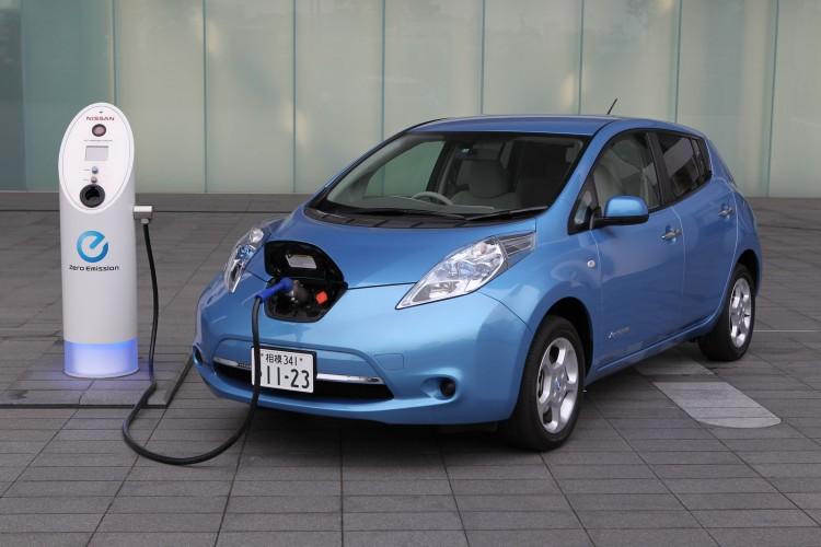 Пошлина на ввоз электромобилей в ЕАЭС снижена до сентября 2017 года