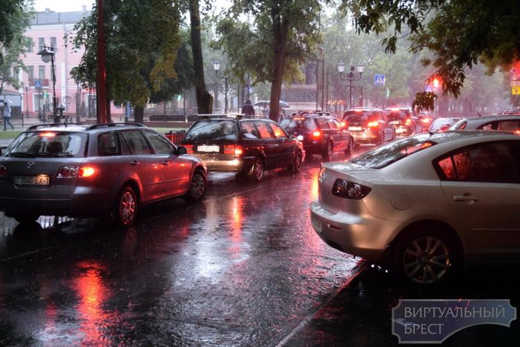 Очередной фронт с дождём придёт в Брест вечером