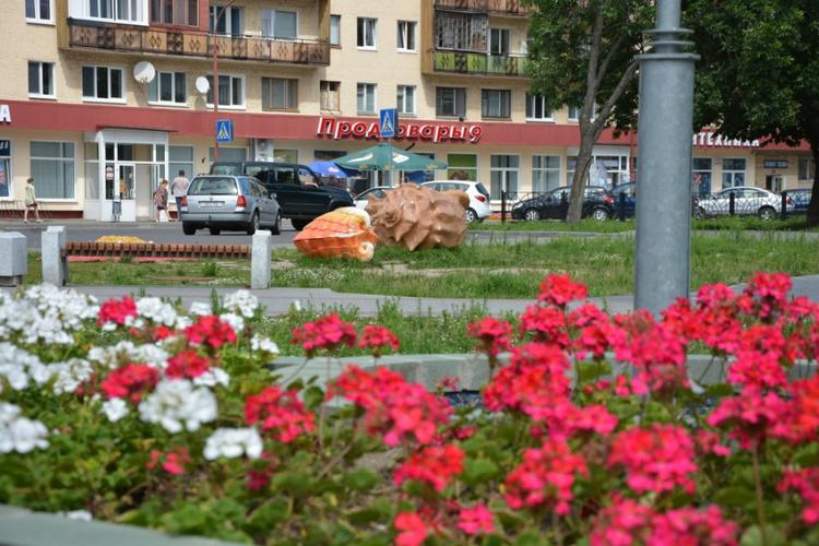 Набережная Мухавца прихорашивается ко Дню города