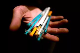 Житель Кобрина вколол другу смертельную дозу наркотика
