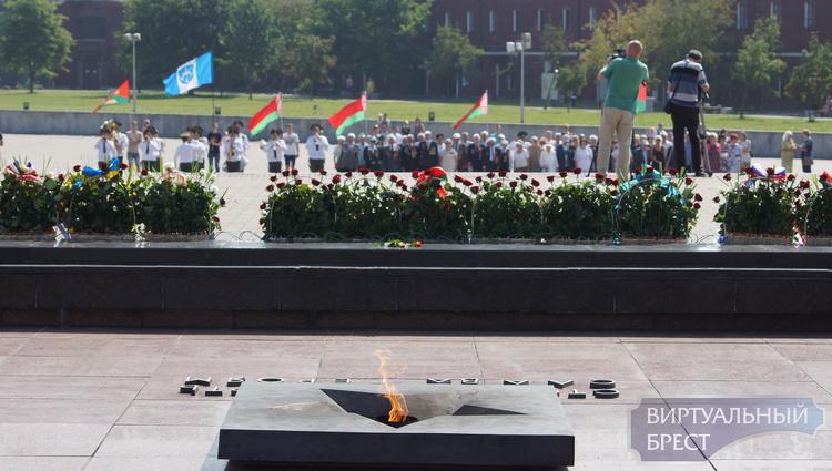 В Бресте празднуют 72-ю годовщину освобождения города от немецко-фашистских захватчиков