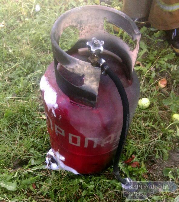 В Гершонах мужчина чуть не сгорел, заправляя кустарным способом свой автомобиль газом
