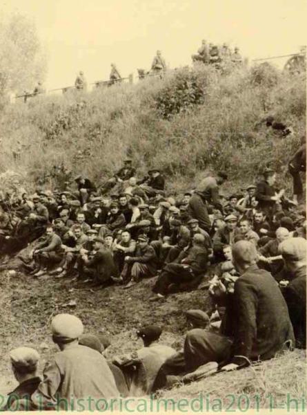 Начало немецкой оккупации... Воспоминания коменданта Фон Унру