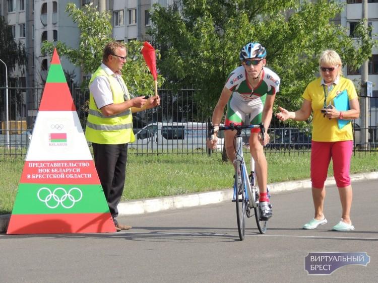 В Бресте дан старт Открытому чемпионату Беларуси в многодневной велогонке