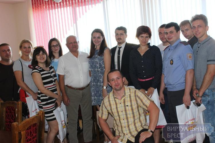 Совет лидеров молодежи отправился на экскурсию в «Берестейский пекарь»