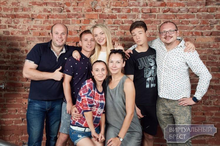 «PARTY-ZAN ФИЛЬМ» Андрея Курейчика выезжает на съемки в Брест