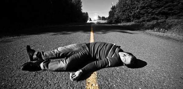 ВС не считает необходимым априори снимать ответственность с водителей за наезд на лежащего пешехода