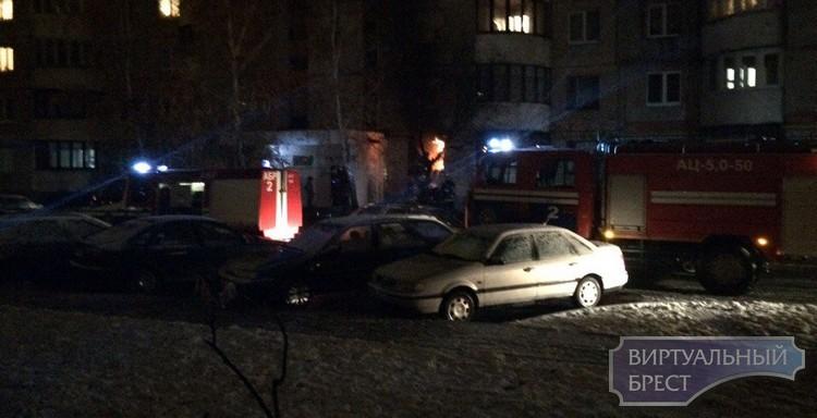 Пожар вквартире вБресте: из9-этажки эвакуированы 20 человек