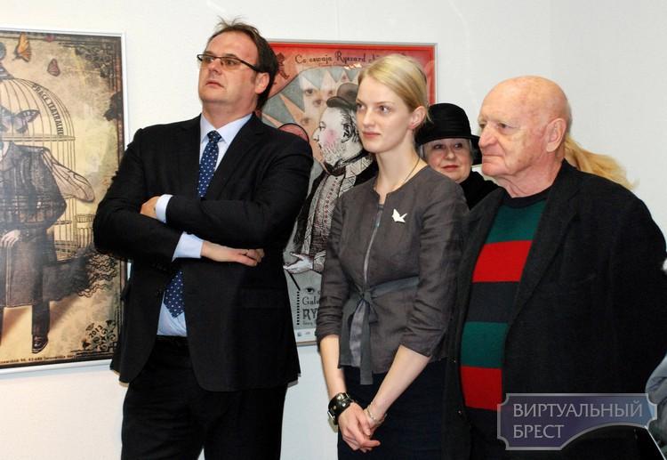 Выставка «Плакаты очень польские» открыта в Бресте