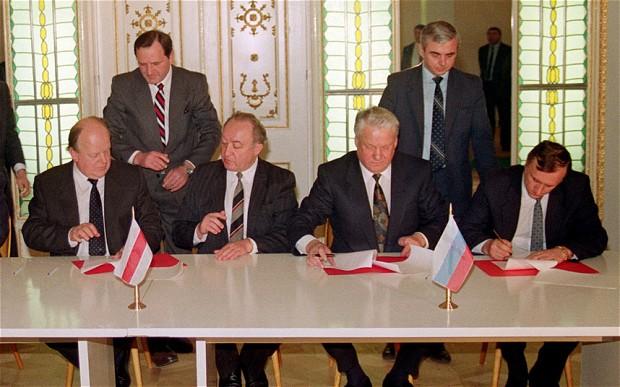 Финиш империи. Как 25 лет назад СССР отправляли в последний путь