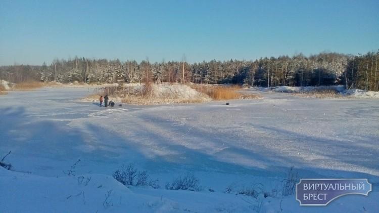 Будьте осторожны при выходе на лед!
