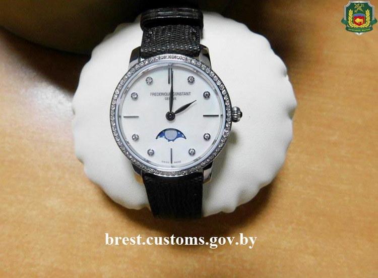 Дорогостоящие швейцарские часы изъяты на брестской таможне