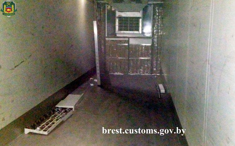 Пресечен ввоз из-за границы в Беларусь более 300 кг гашиша