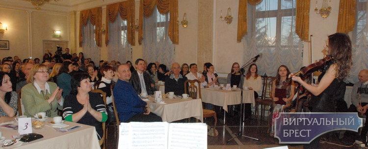 В Бресте публика аплодировала джаз-бэнду «Каприччио»