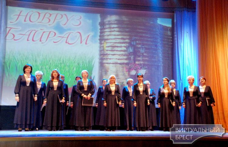 """В Бресте концертом отметили праздник весны """"Новруз байрам"""""""