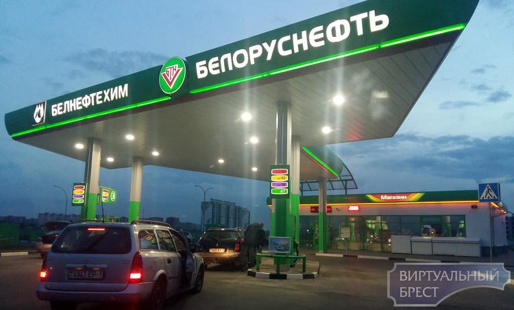 Пятое, традиционное, повышение цен на топливо: +1 копейка