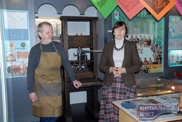 «Музей за 7-ю печатями» познакомил брестчан с печатной графикой от ее истоков